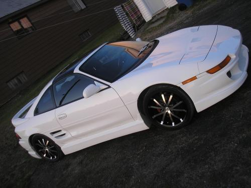 Photo Image Gallery & Touchup Paint: Toyota Mr2 in Super White   (040)  YEARS: 1993-1995