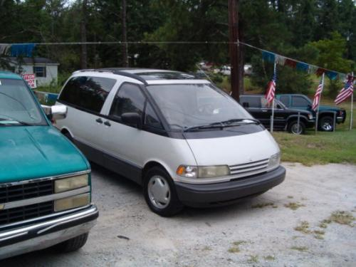Photo Image Gallery & Touchup Paint: Toyota Previa in Opal White Pearl  (046)  YEARS: 1991-1993