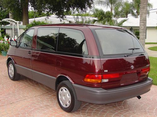 Photo Image Gallery & Touchup Paint: Toyota Previa in Burgundy Pearl   (3H8)  YEARS: 1991-1996