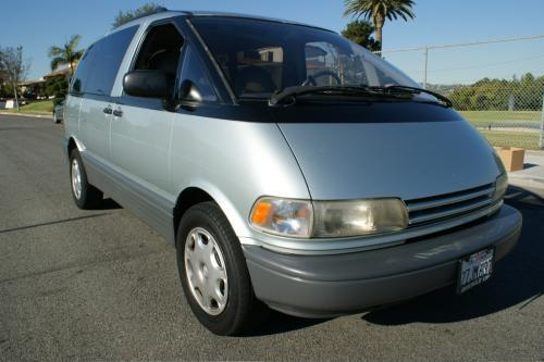 Photo Image Gallery & Touchup Paint: Toyota Previa in Silverleaf Metallic   (6L3)  YEARS: 1991-1994