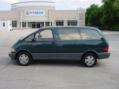 Photo Image Gallery & Touchup Paint: Toyota Previa in Evergreen Pearl   (751)  YEARS: 1994-1997