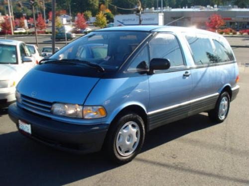 Photo Image Gallery & Touchup Paint: Toyota Previa in Wildflower Blue Pearl  (8K2)  YEARS: 1994-1995