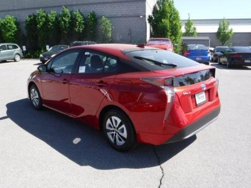 Photo Image Gallery & Touchup Paint: Toyota Prius in Hypersonic Red   (3T7)  YEARS: 2017-2017