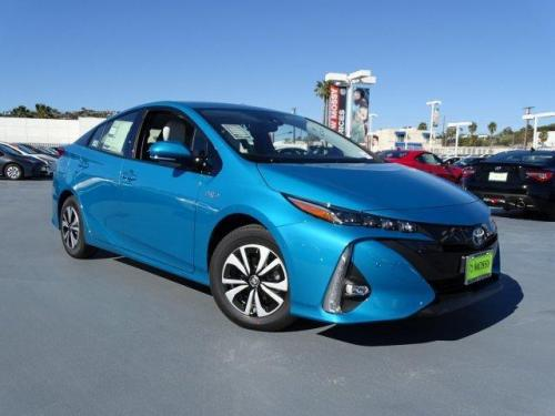 Photo Image Gallery & Touchup Paint: Toyota Prius in Blue Magnetism   (791)  YEARS: 2017-2017