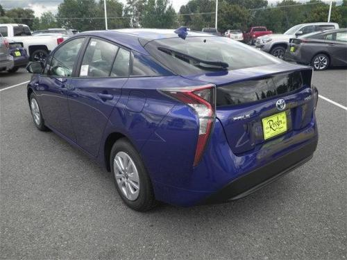 Photo Image Gallery & Touchup Paint: Toyota Prius in Blue Crush Metallic  (8W7)  YEARS: 2016-2017