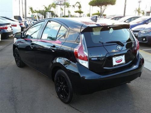 Photo Image Gallery & Touchup Paint: Toyota Priusc in Blacksandpearl With Cherrypearl  (209C)  YEARS: 2016-2016