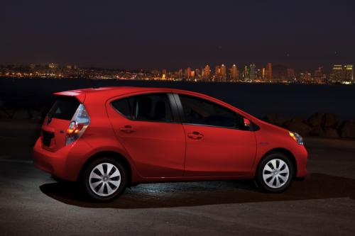 ImportArchive / Toyota Prius c 2012‑2019 Touchup Paint ...