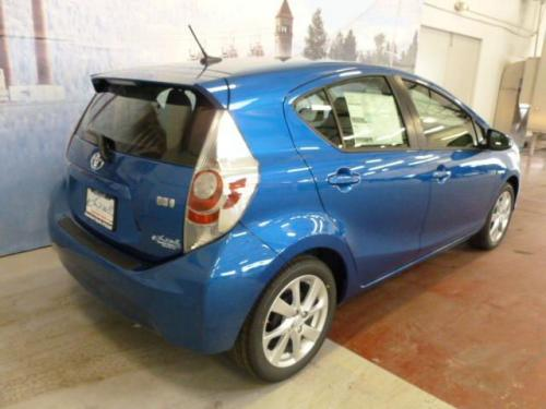 Photo Image Gallery & Touchup Paint: Toyota Priusc in Blue Streak Metallic  (8T7)  YEARS: 2012-2017
