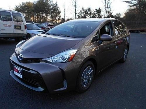 Photo Image Gallery & Touchup Paint: Toyota Priusv in Toasted Walnut Pearl  (4W4)  YEARS: 2015-2017