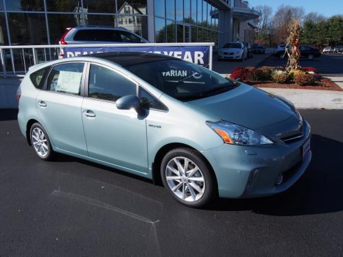 Photo Image Gallery & Touchup Paint: Toyota Priusv in Sea Glass Pearl  (781)  YEARS: 2013-2017