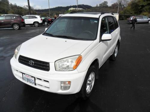 Photo Image Gallery & Touchup Paint: Toyota Rav4 in Frosted White Pearl  (064)  YEARS: 2002-2005