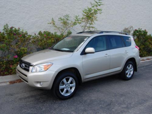 Photo Image Gallery & Touchup Paint: Toyota Rav4 in Savannah Metallic   (4R4)  YEARS: 2006-2008