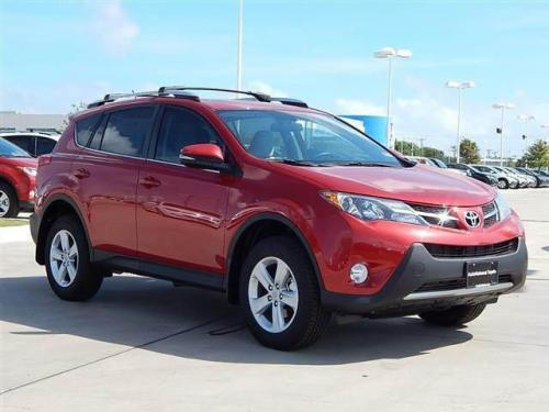 Photo Image Gallery & Touchup Paint: Toyota Rav4 in Barcelona Red Metallic  (3R3)  YEARS: 2013-2017