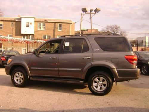 Photo Image Gallery & Touchup Paint: Toyota Sequoia in Phantom Gray Pearl  (1E3)  YEARS: 2003-2007