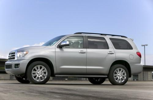 Photo Image Gallery & Touchup Paint: Toyota Sequoia in Silver Sky Metallic  (1D6)  YEARS: 2018-2018