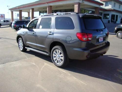 Photo Image Gallery & Touchup Paint: Toyota Sequoia in Magnetic Gray Metallic  (1G3)  YEARS: 2011-2017