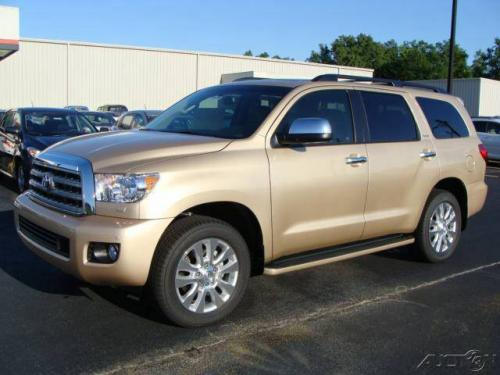 Photo Image Gallery & Touchup Paint: Toyota Sequoia in Sandy Beach Metallic  (4T8)  YEARS: 2010-2017