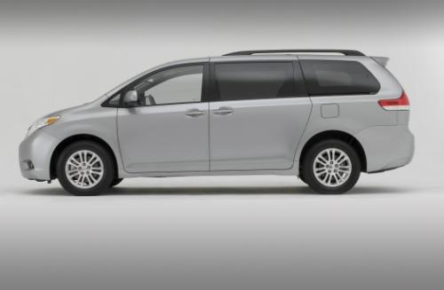 Photo Image Gallery & Touchup Paint: Toyota Sienna in Silver Sky Metallic  (1D6)  YEARS: 2011-2017