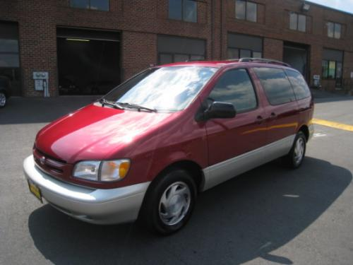 Photo Image Gallery & Touchup Paint: Toyota Sienna in Sunfire Red Pearl  (3K4)  YEARS: 1998-2000