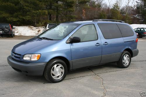 Photo Image Gallery & Touchup Paint: Toyota Sienna in Denim Blue Mica  (8L9)  YEARS: 1998-2003