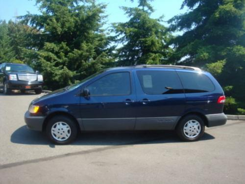 Photo Image Gallery & Touchup Paint: Toyota Sienna in Stratosphere Mica   (8Q0)  YEARS: 2001-2003