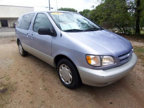 Photo Image Gallery & Touchup Paint: Toyota Sienna in Frosted Iris Metallic  (931)  YEARS: 1998-1999