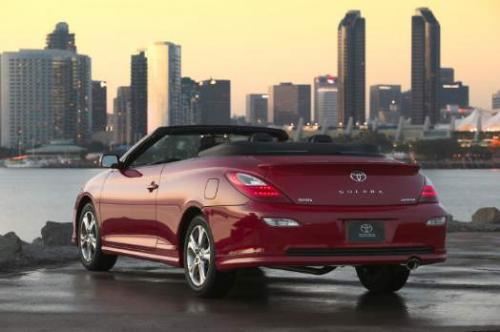 Photo Image Gallery & Touchup Paint: Toyota Solara in Absolutely Red   (3P0)  YEARS: 2004-2008