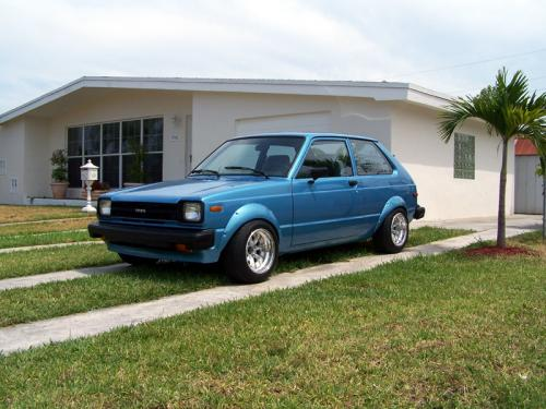 Photo Image Gallery & Touchup Paint: Toyota Starlet in Blue Metallic   (892)  YEARS: 1982-1982