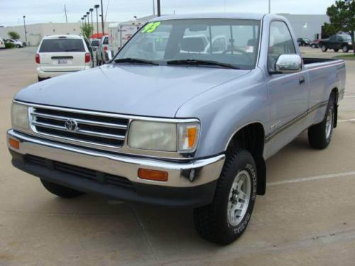 Photo Image Gallery & Touchup Paint: Toyota T100 in Nordic Blue Metallic  (8D8)  YEARS: 1993-1993