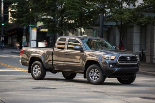 Photo Image Gallery & Touchup Paint: Toyota Tacoma in Magnetic Gray Metallic  (1G3)  YEARS: 2016-2017