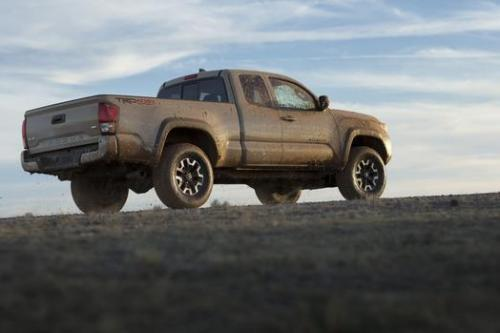 Photo Image Gallery & Touchup Paint: Toyota Tacoma in Quicksand    (4V6)  YEARS: 2016-2017