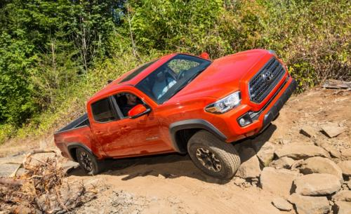 Photo Image Gallery & Touchup Paint: Toyota Tacoma in Inferno    (4X0)  YEARS: 2016-2017