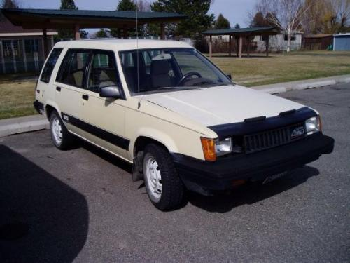 Photo Image Gallery & Touchup Paint: Toyota Tercel in Ivory    (4E7)  YEARS: 1985-1988