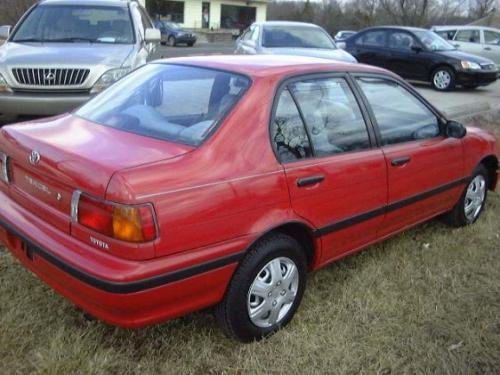 Photo Image Gallery  U0026 Touchup Paint  Toyota Tercel In Super Red  3e5