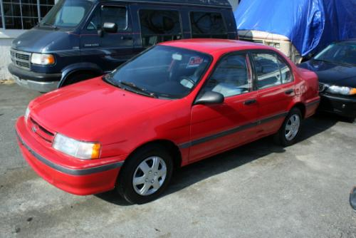 Photo Image Gallery & Touchup Paint: Toyota Tercel in Super Red   (3E5)  YEARS: 1991-1994