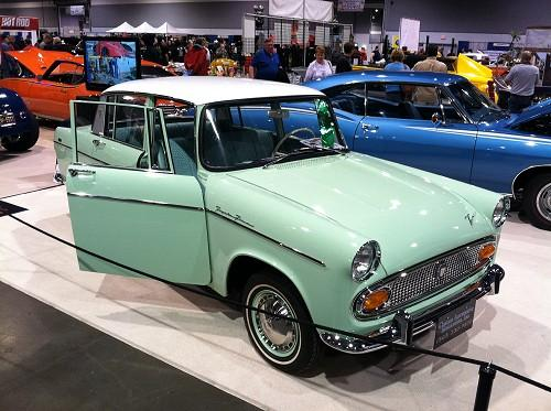 Photo Image Gallery & Touchup Paint: Toyota Tiara in Spring Green   (T1028)  YEARS: 1960-1965