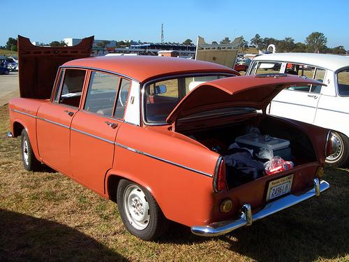 Photo Image Gallery: Toyota Tiara in Seminole Red   (T332)  YEARS: -