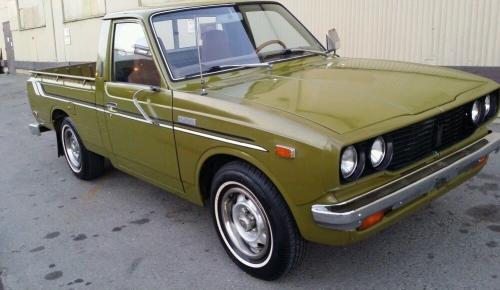 Photo Image Gallery & Touchup Paint: Toyota Truck in Olive    (637)  YEARS: 1974-1977