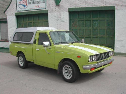 Photo Image Gallery & Touchup Paint: Toyota Truck in Yellow Green   (6A1)  YEARS: 1978-1978