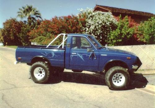 Photo Image Gallery & Touchup Paint: Toyota Truck in Medium Blue   (842)  YEARS: 1978-1978