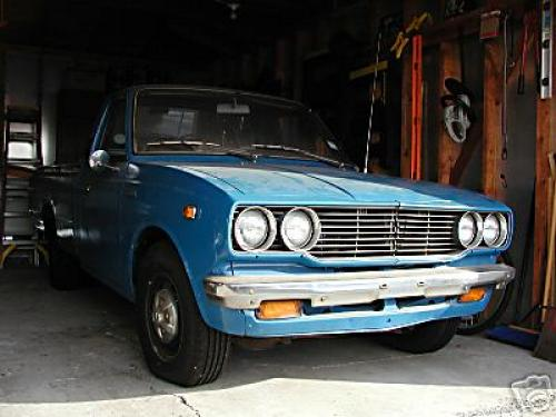 Photo Image Gallery & Touchup Paint: Toyota Truck in Medium Blue   (857)  YEARS: 1975-1977
