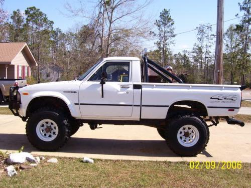 Photo Image Gallery & Touchup Paint: Toyota Truck in White    (033)  YEARS: 1980-1983