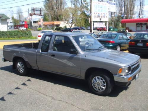 Photo Image Gallery & Touchup Paint: Toyota Truck in Pewter Pearl   (196)  YEARS: 1993-1995