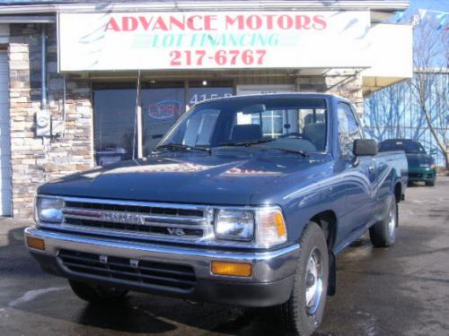Photo Image Gallery & Touchup Paint: Toyota Truck in Dark Blue   (8E2)  YEARS: 1989-1990