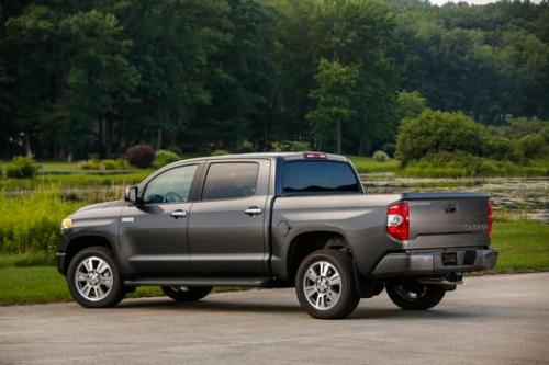 Photo Image Gallery & Touchup Paint: Toyota Tundra in Magnetic Gray Metallic  (1G3)  YEARS: 2011-2013