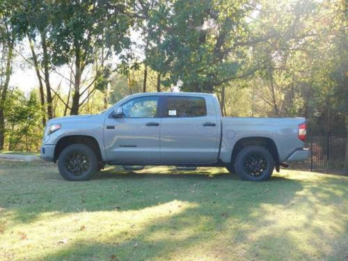 Photo Image Gallery & Touchup Paint: Toyota Tundra in Cement    (1H5)  YEARS: 2017-2017