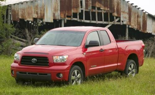 Photo Image Gallery & Touchup Paint: Toyota Tundra in Radiant Red   (3L5)  YEARS: 2014-2016