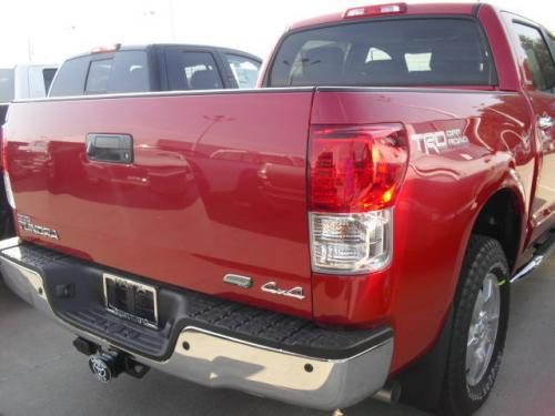 Photo Image Gallery & Touchup Paint: Toyota Tundra in Barcelona Red Metallic  (3R3)  YEARS: 2011-2013