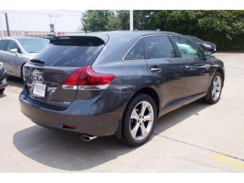 Photo Image Gallery & Touchup Paint: Toyota Venza in Magnetic Gray Metallic  (1G3)  YEARS: 2009-2015