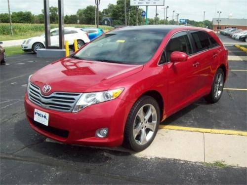 Photo Image Gallery & Touchup Paint: Toyota Venza in Barcelona Red Metallic  (3R3)  YEARS: 2009-2015